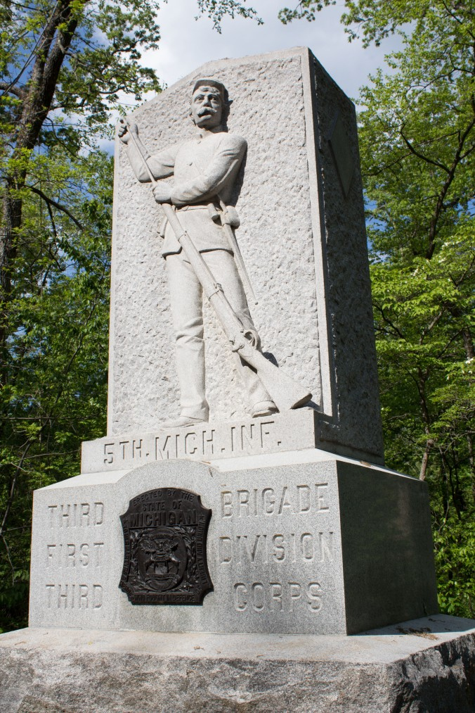 fifth-michigan-monument